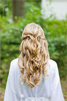 long wedding hair ideas #weddinghair #hair ideas http://www.weddingchicks.com/2012/11/06/pink-and-white-garden-wedding/