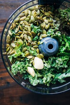 vegan kale pesto recipe, hands down. It's garlicky, lemony, and just a little bit spicy. Perfect for pasta or topped on avocado toast! Healthy Vegan Snacks, Vegan Foods, Vegan Dishes, Healthy Soup, Eating Healthy, Raw Food Recipes, Vegetarian Recipes, Cooking Recipes, Healthy Recipes