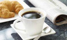Un café sólo o con leche que podrás degustar con bollería...