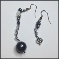 Black Perle Earing *Swarovski *mother of perle *semi precious stones *sterling silver nuggets