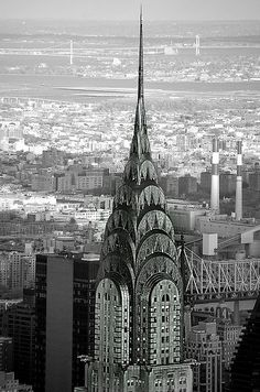 The Chrysler Building is an Art Deco skyscraper in New York City, located on the east side of Manhattan in the Turtle Bay area at the intersection of 42nd Street and Lexington Avenue.