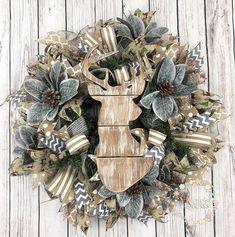 Christmas Wreaths For Front Door, Christmas Deer, Holiday Wreaths, Christmas Crafts, Christmas Decorations, Winter Wreaths, Spring Wreaths, Summer Wreath, Holiday Ideas