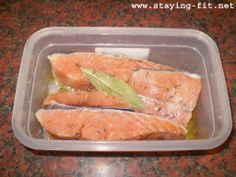 Salmon Marinade - http://www.staying-fit.net/recipes/fish/quick-salmon-marinade.html