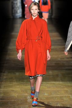 Dries Van Noten Fall 2011 Ready-to-Wear Collection Slideshow on Style.com