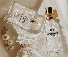 Discovered by Find images and videos about luxury, chanel and earrings on We Heart It - the app to get lost in what you love. Cream Aesthetic, Classy Aesthetic, Boujee Aesthetic, Bad Girl Aesthetic, Aesthetic Collage, Aesthetic Vintage, Aesthetic Pictures, Bedroom Wall Collage, Photo Wall Collage