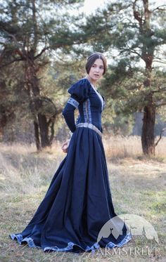 Available in: dark blue cotton, green cotton, white cotton, black cotton, blue cotton :: by medieval store ArmStreet Medieval Dress, Medieval Fashion, Medieval Clothing, Head To Toe, Fantasy Gowns, Pop Culture Halloween Costume, Fantasy Costumes, Festivals, The Dress