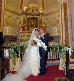 Silvia Colloca & Richard Roxburgh September 25, 2004 Bridesmaid Dresses, Wedding Dresses, Celebrity Weddings, September, Celebrities, Fashion, Bridesmade Dresses, Bride Dresses, Moda