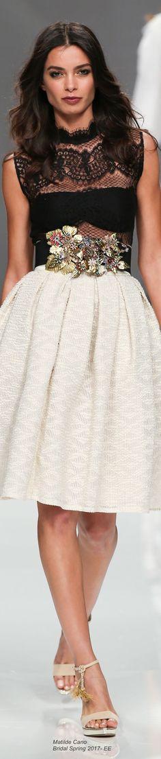 Matilde Cano {Spring 2017}•••Estupendo outfit donde el cuerpo con transparencia dan un toque Super sexi a la vez que elegante ❤❤❤