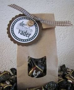 vaderdag snoep Fathers Dat, Cute Gifts, Diy Gifts, Diy And Crafts, Arts And Crafts, Daddy Day, Diy Presents, Mother And Father, Party Gifts