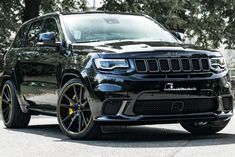 Jeep Grand Cherokee Trackhawk Taken To New Extreme. With these upgrades, the Jeep Grand Cherokee Trackhawk will utterly destroy the Lamborghini Urus. Jeep Srt8, Jeep Wrangler Lifted, Lifted Jeeps, Jeep Wranglers, Mopar, Grand Cherokee Srt8, Jeep Grand Cherokee Srt, My Dream Car, Dream Cars