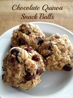 1 cup cooked quinoa 1/3 cup sunflower seeds 1 cup oats 1/3 cup dried cherries ¼ cup unsweetened coconut 1/3 cup maple syrup 1 tsp vanilla extract 2 Tbsp almond butter 1/2 cup dark chocolate chips 1/2 tsp sea salt
