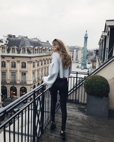All about style, fashion and beauty Vacation Pictures, Travel Pictures, Adventure Awaits, Adventure Travel, Paris Things To Do, Travel Outfit Summer, Creative Pictures, Monochrom, Life Design