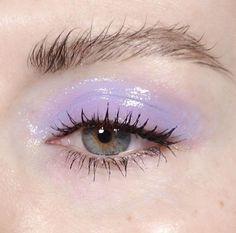 glossy lilac eye make up, messy brows Makeup Goals, Makeup Inspo, Makeup Inspiration, Beauty Makeup, Hair Makeup, Makeup Ideas, Eyebrow Makeup, Makeup Style, Makeup Tips