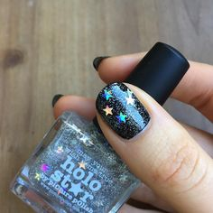 Holo Star is a translucent scatter holo topper with holographic stars.