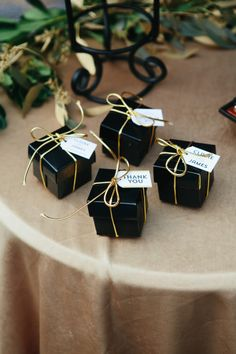 These Black and Gold #Favours are perfect for a Old Hollywood Glamour Party  #henpartythemes #hollywoodglamour #bachelorettepartyideas