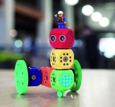 Los juguetes de siempre, como Scalextric, se reinventan conectándose a tabletas,  smartphones  y consolas con habilidades nunca vistas hasta ahora