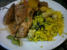 Restaurantes en Caracas » Pollo en Salsa – Guaco Express – Centro Sisalud Chicken, Food, Salsa Chicken, Plate, Caracas, Restaurants, Meals, Yemek, Cubs