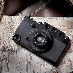 10 Best Vintage Camera iPhone Cases