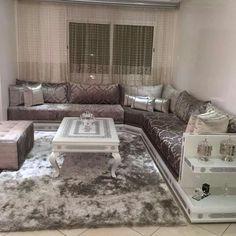 un trs beau salon marocain moderne gris bleu turquois par larchitecte dintrieur nesdesign casablanca maroc espace deco salon marocain moderne