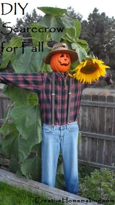 Not really what I meant but will work.DIY Decor: How to Make a Scarecrow - Ideas and tutorials, including this DIY scarecrow by 'Creative Homemaking'! Make A Scarecrow, Halloween Scarecrow, Fall Halloween, Halloween Crafts, Happy Halloween, Halloween Decorations, Scarecrow Ideas, Fall Decorations, Scarecrow Festival