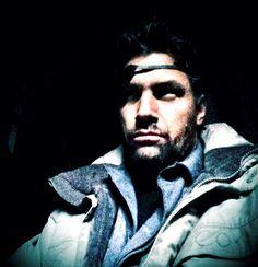 Manu Bennett Teases Slade Wilson's Return On Arrow