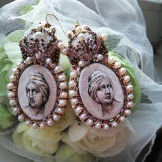 #вышитыесерьги#камеи#розовый#натуральныйжемчуг#earing#embroiderybyneedline_sv#embroideryearing#singlecopy#silk# вышитые серьги камеи!