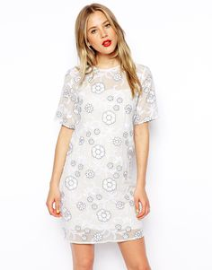 """Dress by ASOS Collection Semi-sheer woven fabric Crew neckline Floral embroidery Slip lining Keyhole button fastening to reverse Regular fit - true to size Hand wash 100% Polyester Our model wears a UK 8/EU 36/US 4 and is 175 cm/5'9"""" tall"""