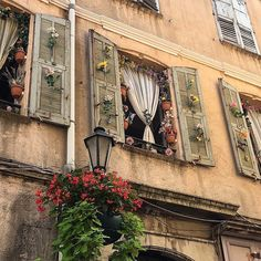 France my dream discovered by Sophie 🥀 on We Heart It European Summer, Italian Summer, Paris Film, Cruise Outfits, Northern Italy, Photo Instagram, Disney Instagram, Pics Art, Provence