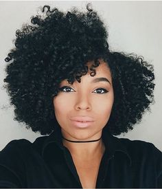 Hair Care Tips. Suggestions for excellent looking hair. Your hair is just what can certainly define you as a person. To many men and women it is usually vital to have a great hair style. Natural Hair Cuts, Natural Hair Journey, Natural Hair Styles, Finger Coils Natural Hair, Natural Beauty, Love Hair, Big Hair, Pelo Afro, Natural Hair Inspiration