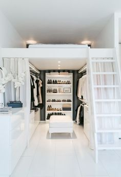 Small Space Organization: This Little Finnish Apartment Has a Really Clever Closet Solution Bedroom Loft, Bedroom Decor, Ideas For Small Bedrooms, Room Ideas For Girls, Small Room Design Bedroom, Bedroom Ideas For Small Rooms, High Ceiling Bedroom, Raised Beds Bedroom, Small Bedroom Interior
