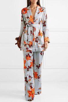 Suit Fashion, Fashion Fabric, Kimono Fashion, Modest Fashion, Hijab Fashion, Fashion Dresses, Terno Casual, Pijamas Women, Mode Kimono