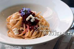 pasta-mit-ziegenkaese-und-roter-bete