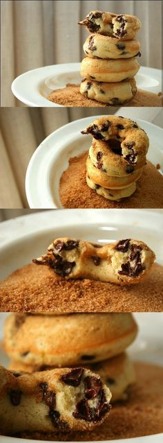These Banana Chocolate Chip Baked Doughnuts are the perfect healthy snack for any age. Mine turned out too thick and gooey. They might have not been baked long enough. Just Desserts, Delicious Desserts, Dessert Recipes, Yummy Food, Donut Recipes, Baking Recipes, Baked Doughnuts, Healthy Baking, Healthy Desserts