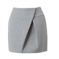 To start off the new week, I thought I would share a few pieces that I've found which I think are quite inspirational. Of course, I dream of doing them all, but even if I just adopt one into a garment. Love this skirt but cut it longer. Skirt Pants, Dress Skirt, Pleated Skirt, Fashion Details, Fashion Design, Brown Fashion, Sewing Clothes, Skirt Outfits, Short Skirts
