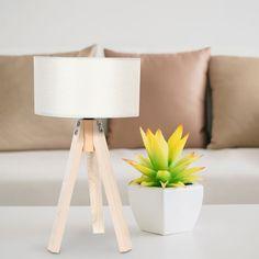 EPIPLAMEMA | ΕΠΙΤΡΑΠΕΖΙΟ ΦΩΤΙΣΤΙΚΟ ΤΡΙΠΟΔΟ ΜΠΕΖ ΚΑΠΕΛΟ ΜΕ NATURE ΒΑΣΗ Lamp, Decor, Lighting, Table, Home, Tripod Lamp, Home Decor