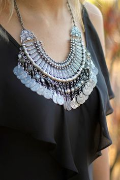 Pin by Shova Ahmed on Neck chain in 2019 Indian Jewelry Earrings, Silver Jewellery Indian, Gypsy Jewelry, Western Jewellery, Jewelery, Silver Jewelry, Low Jeans, Boho Fashion, Fashion Jewelry
