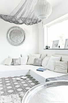 salon marocain blanc meubles d intérieur blancs murs blancs meubles modernes salon marocain