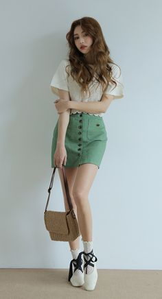 Know the latest and the hottest Korean fashion! You can find all types of Korean clothing here from tops, bottoms, dresses, outerwear and bikinis! Kpop Fashion Outfits, Fashion Poses, Korean Outfits, Girl Outfits, Casual Outfits, Cute Outfits, Teen Girl Fashion, Cute Fashion, Korean Street Fashion