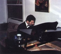 Freddie Mercury (Queen vocalist, songwriter, frontman) took classical piano lessons as a child for several years and could read music. However, he could play anything after hearing it only once and said he preferred keeping music in his head--not on paper. If he forgot one of his own songs, he would listen to a short recording, and then play the part he needed. As a last resort he would read the music but said that he didn't have the patience and hated doing it.