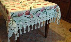 frangia su tappeto da tavolo