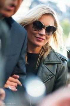 Kate Moss   Love her sunglasses