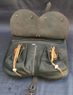 4 compartment pouch