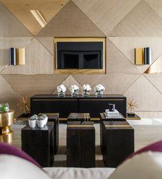 Inspirado na elegância clean e luxuosade marcas parisienses como Dior, Yves Saint Laurent e Céline, o apartamento decorado Parisdoconjunto de arranha-céus de alto luxo One Shenzhen Bay (que está em construção em Shenzhen na China) é um desbunde: mármore, dourado, madeira, tons neutros e elegantes e superfícies brilhantes permeiam todos os cômodos do espaçoso apartamento. …