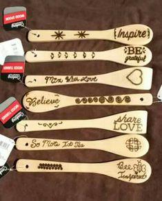 Solar burned wooden spoons and spatulas Wood Burning Techniques, Wood Burning Tool, Wood Burning Crafts, Wood Burning Patterns, Wooden Spoon Crafts, Wood Spoon, Wood Burn Designs, Butcher Block Oil, Diy Wood Projects