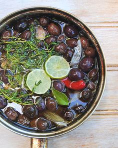Scrumptious South Africa: Warm Marinated Olives with Lime, Thyme and Chilli Wine Recipes, Vegan Recipes, Marinated Olives, Slice Of Lime, South African Recipes, Appetizer Recipes, Appetizers, Fresh Lime, Antipasto
