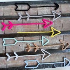 se dire que la vie continue. Wire Crafts, Diy And Crafts, Diy For Kids, Crafts For Kids, Spool Knitting, Ideias Diy, Yarn Bombing, Art Wall Kids, Wire Art