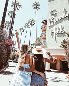 the beverly hills hotel, beverly hills, ca. Best Friend Pictures, Bff Pictures, Friend Photos, Friendship Pictures, Insta Pictures, Tumblr Hipster, Bffs, Best Friend Goals, Best Friends