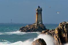 Le phare de la vieille, via Flickr.