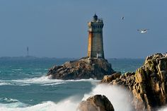 Le phare de la vieille, via Flickr.