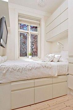 Tiny bedroom design, small bedroom designs и cozy small bedrooms. Cozy Small Bedrooms, Small Apartment Bedrooms, Small Room Bedroom, Cozy Bedroom, Bedroom Storage, Small Rooms, Bedroom Sets, Small Apartments, Modern Bedroom
